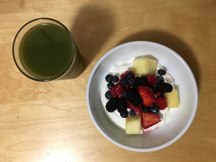 Orgastic Future - Jason Maxham - Breaking my fast with yogurt, fruit, and a smoothie - August 20, 2017